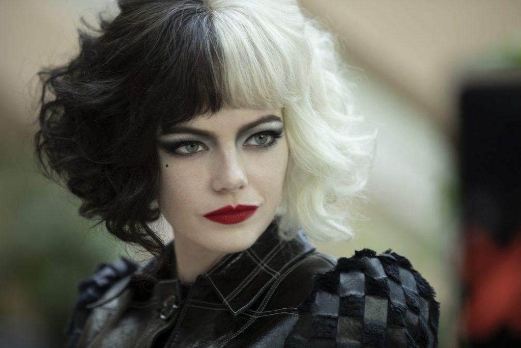 Emma Stone es Cruella de Vil en la precuela de acción real dedicada a la villana Disney.
