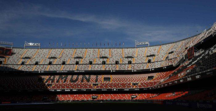 El Gobierno autoriza el regreso del público a estadios y pabellones, pero solo en Fase 1