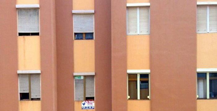 El precio de la vivienda de segunda mano en Canarias cae un 2,3% en abril