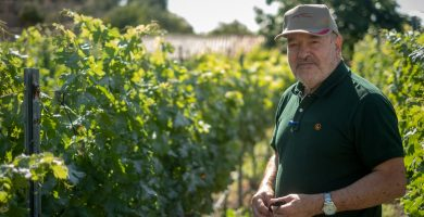 """Miguel Concepción: """"Me falta cosechar más éxito en el fútbol, como lo he conseguido con el mejor vino de Canarias"""""""