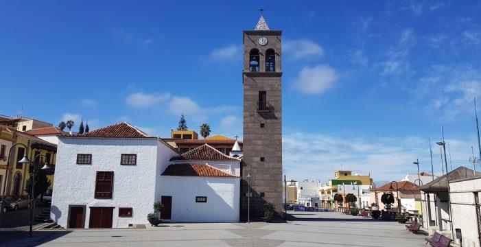 La plaza de la iglesia de La Guancha acoge por primera vez una alfombra del Corpus