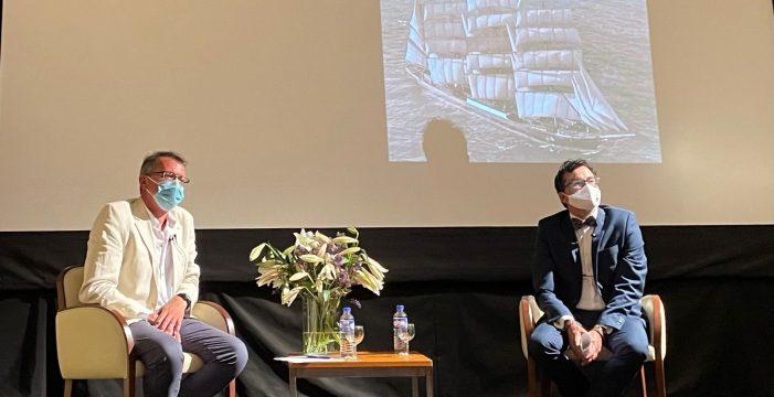 'De La Palma y la mar' completó el aforo del Teatro Chico
