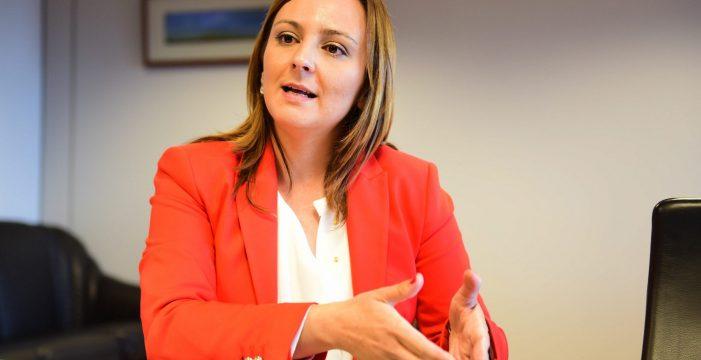 """Nieves Lady Barreto (CC): """"Se inventaron el 'Plan Volver' porque, ¿cómo vendes que dejaste de gastar el año pasado 62 millones de euros?"""""""
