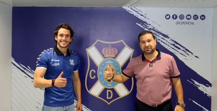 Álex Corredera, el primer refuerzo del Tenerife para la próxima temporada