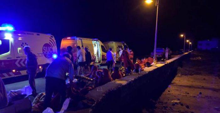 Otra tragedia en Lanzarote: vuelca una patera con 46 personas a bordo