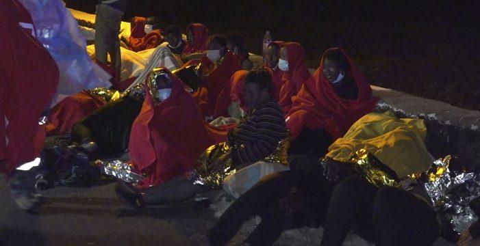 El cuarto fallecido en la lancha encallada en Lanzarote era un niño