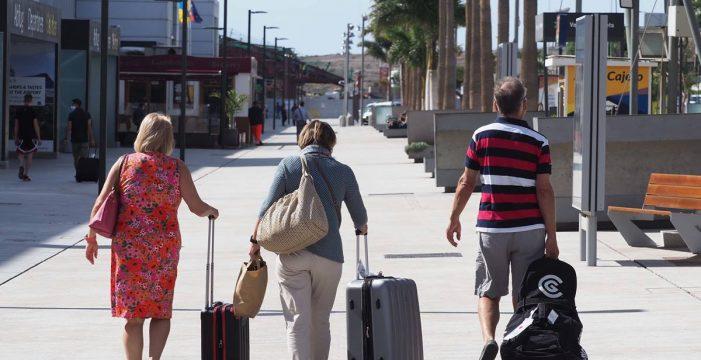 Así funciona el bono turístico que estimulará las vacaciones de los canarios