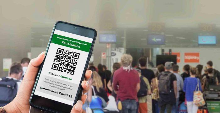 Canarias estrena hoy el pasaporte verde para viajar seguro por Europa