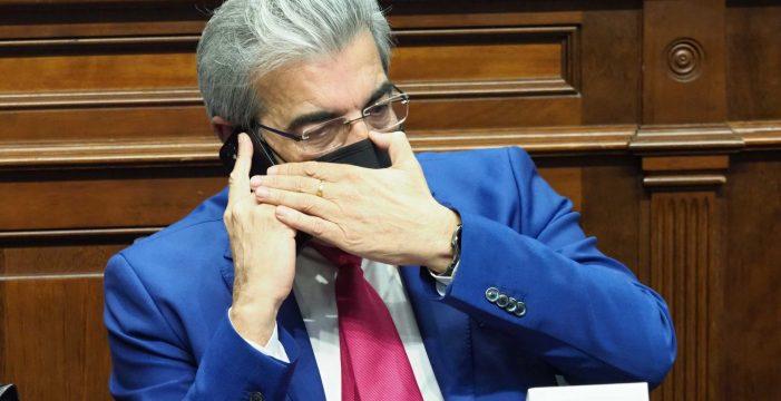 Román Rodríguez plantea la necesidad de controlar el aumento de población en Canarias