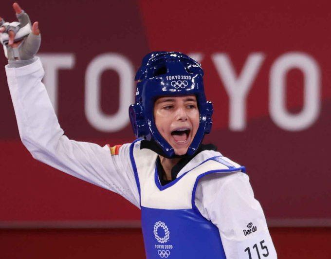 Adriana Cerezo, medalla de plata en taekwondo con solo 17 años