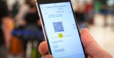 Bruselas pide un único control online del Certificado COVID y previo a la llegada al aeropuerto