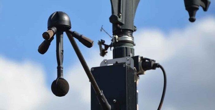 Llegan los radares de ruido que oyen a tu coche: hasta 600 euros de multa si pasa del límite