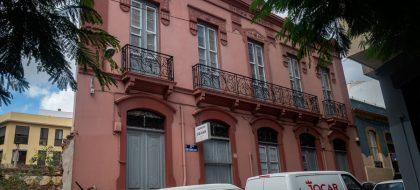 Urbanismo expropia la Pensión Cejas para un centro municipal en El Toscal